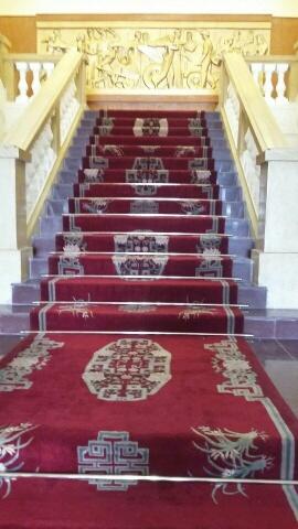 Giá tiền thảm trải cầu thang