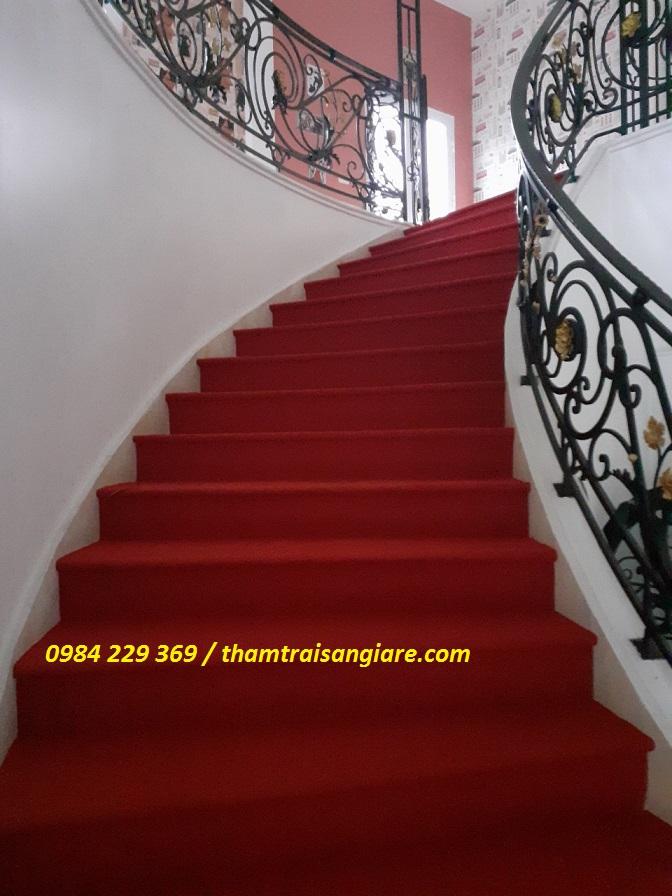 thảm trải sàn cầu thang giá rẻ