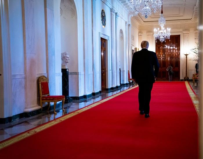 thảm trải sàn hành lang nhà...