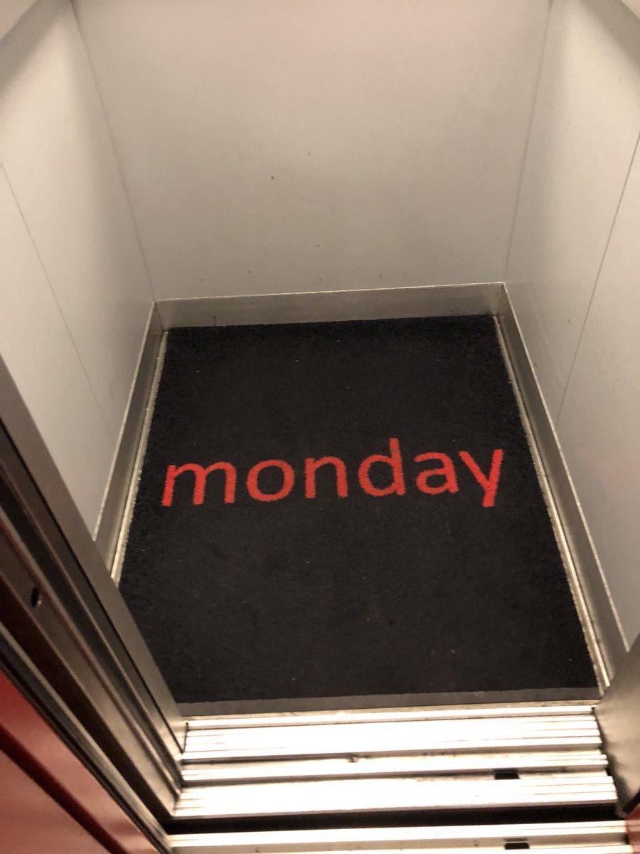 Thảm lót trong thang máy đẹp